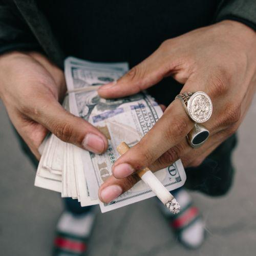 Afbeelding van Geld maakt gelukkig! Ja, dat lees je goed.